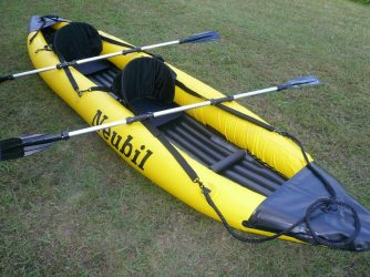 Kayaks hinchables