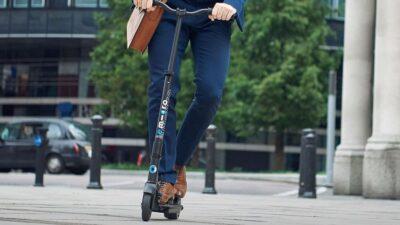 Los 8 mejores patinetes eléctricos con asiento para adultos